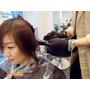 Lusso Hair中山店 燙染一次完成 小鮮肉設計師的完美手藝與溫柔手感超棒的唷