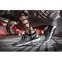 adidas 突破束縛 邁向巔峰 UltraBOOST Uncaged  7月2日破繭而出