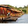 泰國.北碧府▋Boutique Raft Resort,River Kwai 桂河木筏精品度假村~飄浮在水上的部屋,柚木內裏踩踏好舒服,還可以跳下水遊泳,好像在叢林裏露營