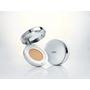 IOPE 水潤光感舒芙蕾粉凝乳XP,更輕更薄的控油系底妝新選擇!