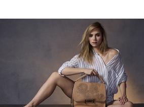 TOD'S 倫敦旗艦店重新開幕 推出限量手工刺青DOUBLE T Bag