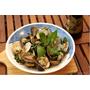 [食譜]深夜食堂就愛這一味 - 九層塔炒麻油蛤蠣【福壽純芝麻油玩料理】