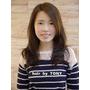 台北市髮型設計 自然披肩長髮給人一種清純感.