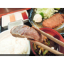 日本東京新宿美食推薦 美味炸牛排飯 牛かつもと村 本村炸牛排定食 新宿南口店